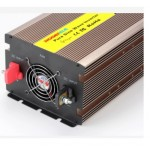 Convertisseur 12V-3000W LCD pure sinus.